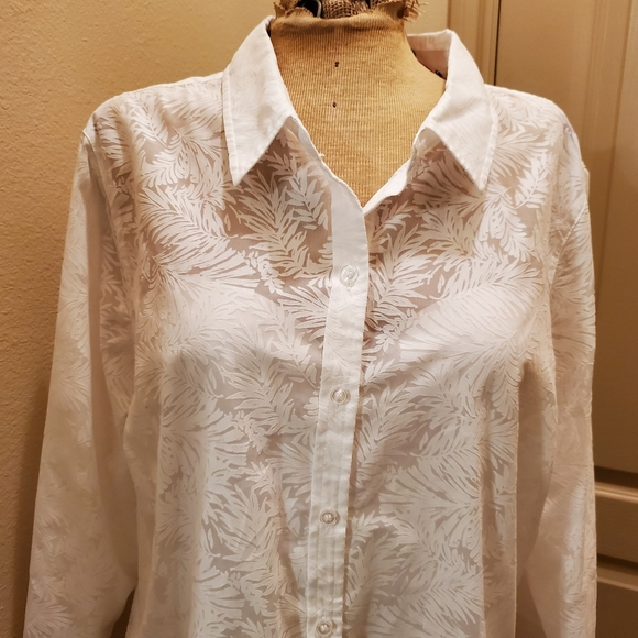 Christopher & Banks Tops - Christopher & Banks white button down size XL